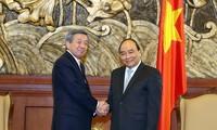Vietnam interesado en reforzar cooperación con Japón y Kuwait