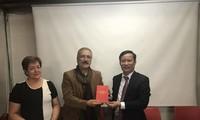 Partidos de Vietnam y Colombia refuerzan cooperación