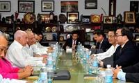 Vietnam y Cuba por fortalecer relaciones especiales
