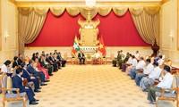 Premier vietnamita expresa voluntad de impulsar relaciones con Myanmar