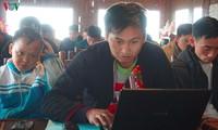Joven emprendedor de la etnia Dao con próspero negocio Homestay