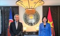 Vietnam promueve cooperación con la Organización Centro Sur