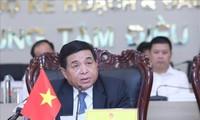 Un foro virtual de Standard Chartered destaca los logros de Vietnam en la atracción de IED