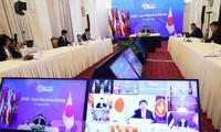 Cancilleres de la Asean abordan temas importantes