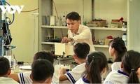Le Thanh Liem, profesor vietnamita ganador del Premio Maha Chakri 2020