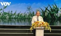 Crear conciencia sobre los vietnamitas menesterosos y meritorios de la Patria