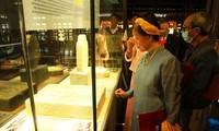 Inauguración de una exposición sobre el emperador Gia Long