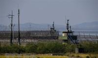Estados Unidos, Corea del Sur y Japón abordan la desnuclearización en la península coreana