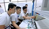 El Partido y el Estado de Vietnam promueven la educación