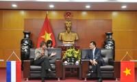 Vietnam y Países Bajos decididos a estrechar la cooperación en diversas esferas