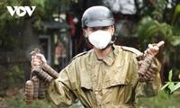 Nguyen Duy Anh, joven benévolo en la lucha contra el covid-19