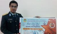 「ハノイ上空デェンビェンフー作戦の勝利」作文コンクール受賞式