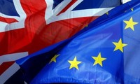 Half of British voters support referendum on Brexit deal