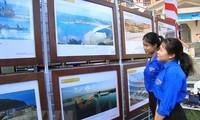 ラムドン省でベトナムのホアンサ・チュオンサ両群島に関する展示会