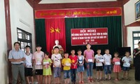 ソンラ省にある向学心旺盛な一族