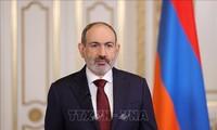 アルメニア議会選、与党勝利確実 元大統領陣営引き離す