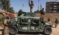 アフガニスタン 国防相代行の自宅近くで爆発 銃撃戦で4人死亡