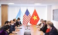 アメリカからの支援を重視する ベトナム