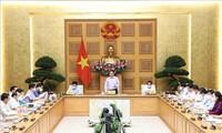 チン首相 公共投資の促進を要請