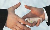 Mencegah dan memberantas  korupsi  bersama-sama dilakukan oleh Pemerintah dan rakyat