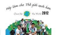"""Vietnam menyambut  kampanye """"membuat dunia  menjadi lebih   bersih""""-tahun 2012."""