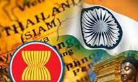 Hubungan kemitraan dengan ASEAN merupakan komponen penting dalam strategi mengarah ke Timur yang dijalankan oleh India.