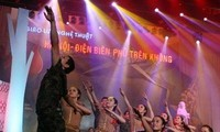 "Program: ""Pertemuan kesenian  Hanoi-Dien Bien Phu di udara"" diadakan di kota Hanoi"