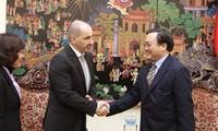 Deputi PM Vietnam Hoang Trung Hai  menerima Menteri Industri dan Perdagangan Republik Czech Martin Kuba