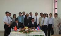 Memperkuat  kerjasama antarprovinsi perbatasan Vietnam dan Kamboja.