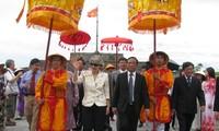 Direktor  Jenderal UNESCO melakukan kunjungan kerja di provinsi Thua Thien-Hue