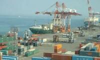 Perdagangan Jepang mengalami defisit  rekor.
