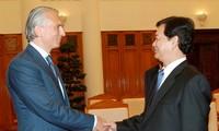 PM Vietnam, Nguyen Tan Dung telah menerima Aleksander Dyukov, Direktur Utama  Perusahaan Gazprom Neft