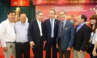 Para diaspora Vietnam di luar negeri merupakan sumber daya  yang penting dari Tanah Air