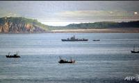 Dua bagian negeri Korea saling berbaku tembak di wilayah laut  yang dipersengketakan.