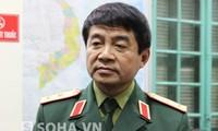 Wakil Kepala Staff Umum  Tentara Rakyat Vietnam menerima delegasi komandan Akademi Perang Angkatan Darat India.