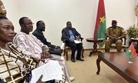 Semua pihak di Burkina Faso dengan resmi menandatangani permufakatan  tentang masalah alih politik