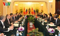 Vietnam dan Rusia  berupaya meningkatkan hubungan  ke satu ketinggian baru