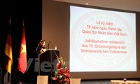 Acara peringatan ultah ke-70 berdirinya Tentara Rakyat Vietnam (22 Desember) berlangsung di Jerman