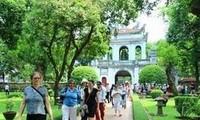 Vietnam memberikan bebas visa terhadap warga negara dari beberapa negara.