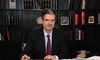 Perancis memegang jabatan sebagai Ketua bergilir  DK PBB