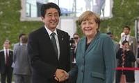 Kanselir Jerman, Angela Merkel melakukan kunjungan resmi di Jepang