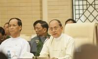 Pemerintah Myanmar menemui para wakil dari  kelompok etnis.