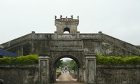 Provinsi Quang Tri  mengembangkan pariwisata kenangan  datang kembali ke  medan perang masa dulu