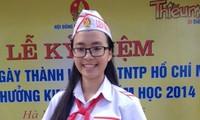 Memperingati ultah ke-74  berdirinya Barisan Anak-Anak Pionir Ho Chi Minh