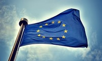 Luxembourg menerima jabatan sebagai Ketua bergilir Uni Eropa.