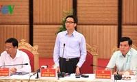 Deputi PM Vietnam, Vu Duc Dam mengadakan temu kerja dengan provinsi Quang Ninh