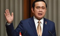PM Thailand  membuka  kemungkinan menggunakan lagi berbagai UUD lama