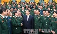 """Presiden Vietnam Truong Tan Sang  menemui delegasi """"Penggerakan  massa rakyat yang pandai""""  di seluruh  tentara."""