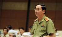 MN Vietnam membahas Laporan tentang pekerjaan mencegah dan memberantas kriminalitas dan korupsi tahun 2015