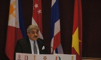 Sengketa maritim di Asia-Pasifik  perlu ditangani  dengan cepat  melalui dialog.
